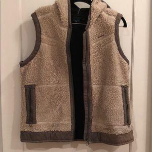 Kavu Furry Vest